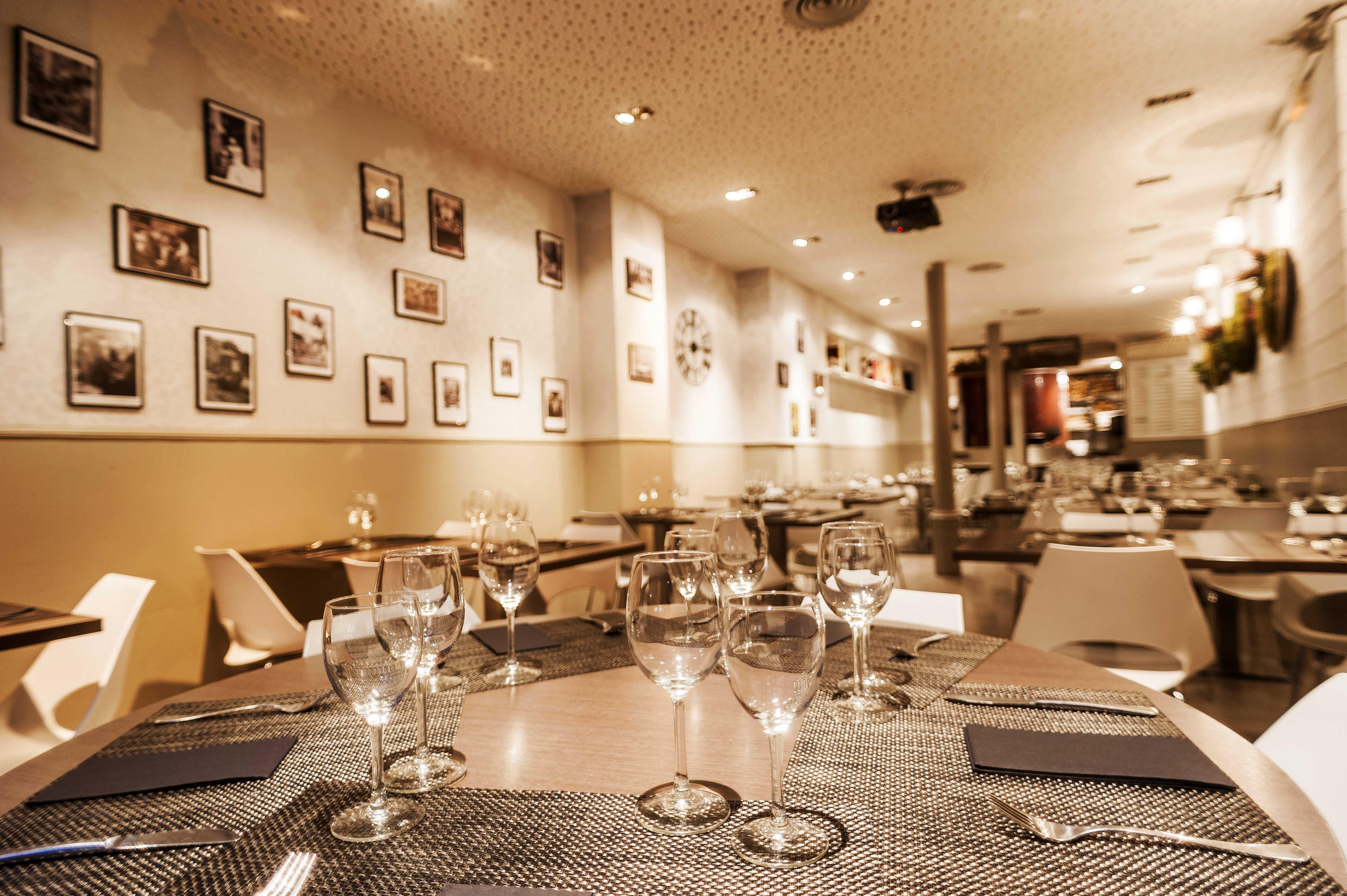 Murivecchi restaurant dining room